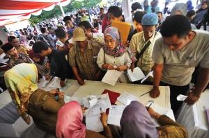 Pembuatan KTP-El secara cepat tersebut juga diperuntukkan bagi warga yang belum memilikinya untuk memperlancar penunaian hak pilih warga dalam Pemilu 2019.