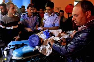 Para korban luka-luka kemudian dilarikan ke rumah sakit untuk mendapatkan perawatan lebih lanjut. Sementara operasi pertolongan masih berlangsung untuk mencari puluhan orang yang belum ditemukan.