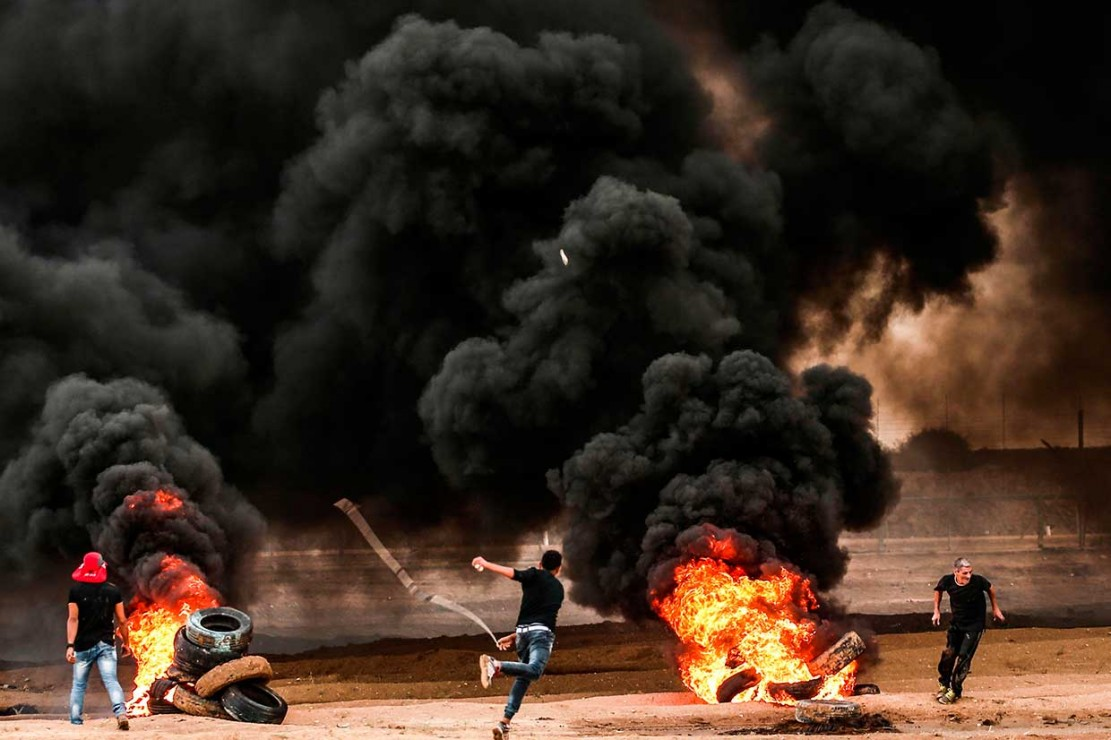 Israel Serang Puluhan Target di Jalur Gaza