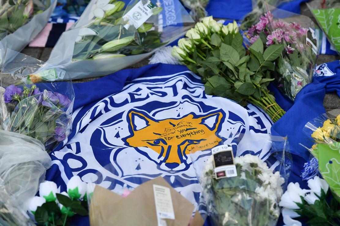 Leicester City, lewat pernyataan resmi yang dirilis Senin, 29 Oktober 2018, pagi WIB, mengumumkan bahwa pemilik mereka, Vichai Srivaddhanaprabha, meninggal dunia dalam kecelakaan helikopter yang terjadi di dekat King Power Stadium. Afp Photo/Ben Stansall