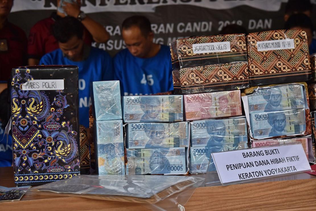 Dua Tersangka Penipuan Dana Hibah Keraton Yogyakarta Ditangkap