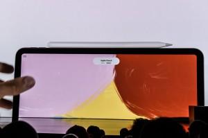 Selain MacBook Air terbaru, Apple juga merilis Mac Mini, serta iPad Pro. Afp Photo/Stephanie Keith
