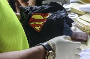 Selain itu, Tim DVI Antemortem Biddokkes Polda Kepulauan Bangka Belitung mengambil data antemortem sejumlah keluarga korban jatuhnya pesawat Lion Air JT 610 untuk dikirimkan ke RS Polri Jakarta. Antara Foto/Ananta Kala