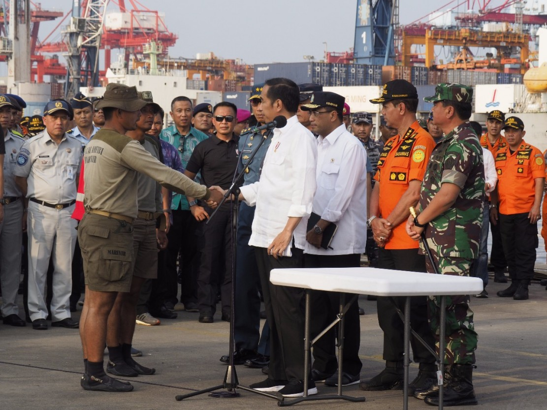 Jokowi Apresiasi Tim SAR Gabungan Pencari Lion Air