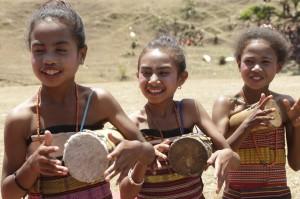 Festival ini merupakan tempat untuk mempertemukan semua suku dan masyarakat di kabupaten itu untuk merayakan persahabatan yang sudah terjalin dengan baik.