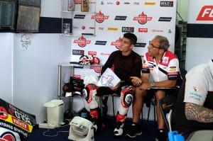 Musim Moto2 adalah musim terakhir dia membela Federal Oil Gresini Moto2, karena di musim Moto2 2019 akan digantikan Sam Lowes.