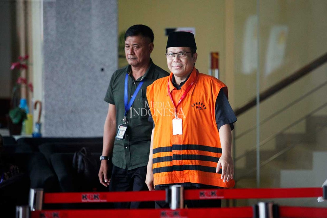 Wakil Ketua Umum Partai Amanat Nasional tersebut menjalani pemeriksaan perdana usai resmi menjadi tahanan lembaga antirasywah pekan lalu, Rabu, 31 Oktober 2018.