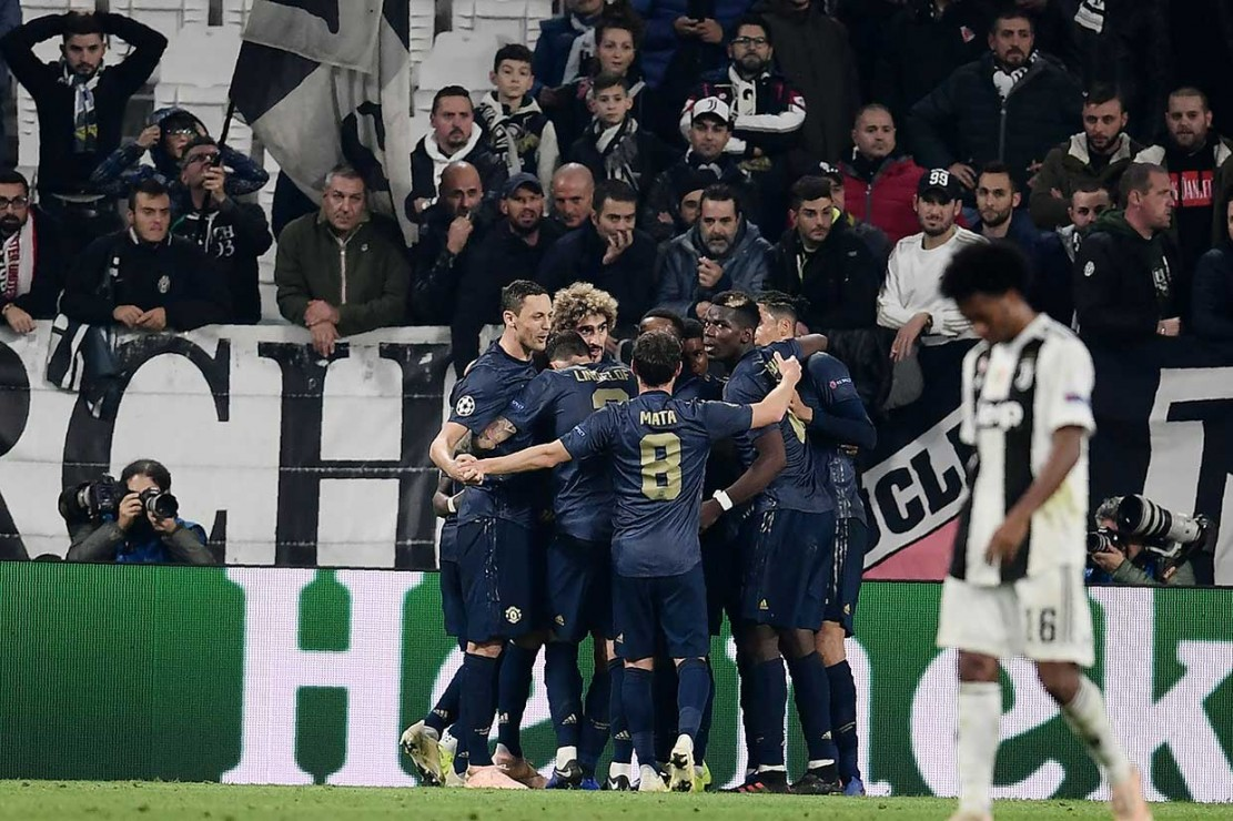 Dua gol penentu kemenangan Manchester United tercipta dalam kurun lima menit terakhir waktu normal, menguburkan keunggulan Juventus lewat gol spektakuler Cristiano Ronaldo pada menit ke-65.