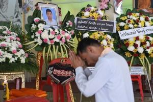 Dengan kematian atlet Muay Thai remaja itu, sebagian masyarakat mendesak agar pertarungan Muay Thai yang melibatkan atlet remaja untuk dilarang.