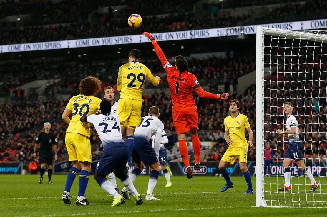 Tottenham Kalahkan Chelsea 3-1