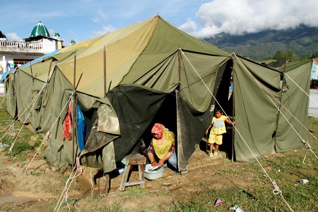 Sebagian Korban Gempa Mamasa Masih Bertahan di Pengungsian