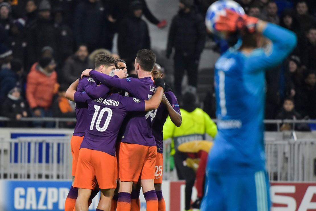 Manchester City Melaju ke Fase Gugur