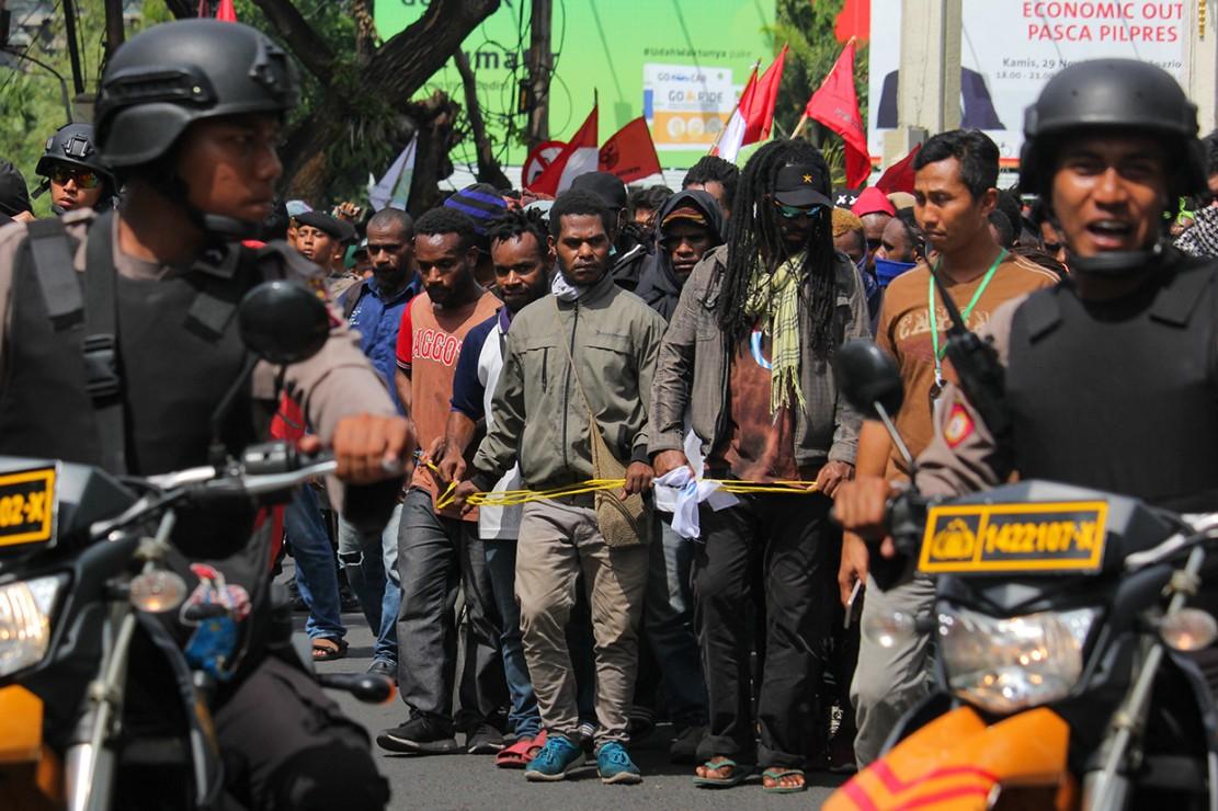 Demo Mahasiswa Papua di Surabaya Ricuh