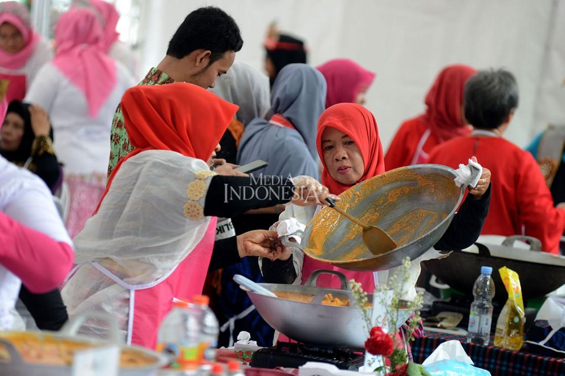 Tujuan diadakannya festival tersebut adalah untuk lebih mempopulerkan rendang kepada masyarakat Indonesia agar semakin dicintai dan menjadikannya sebagai bagian dari kebudayaan nasional.