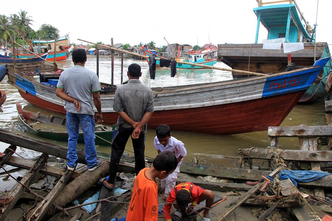Puluhan Pengungsi Rohingya Terdampar di Aceh Timur