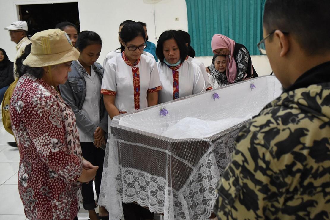 Sastrawan NH Dini Tutup Usia