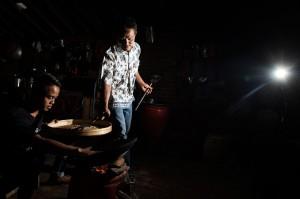 Saat ini Sahnawi secara mandiri bersama anak-anaknya dan pemuda setempat untuk meneruskan dan mencintai kopi dengan mengajarkannya memasak, mengemas dan menjual secara daring serta membuka edukasi wisata proses dan pengolahan kopi untuk wisatawan dalam dan luar negeri.
