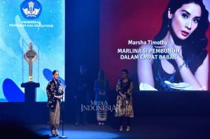 Sementara Marsha Timothy menyabet penghargaan Piala Citra 2018 sebagai Pemeran Utama Wanita Terbaik dalam film 'Marlina Si Pembunuh Dalam Empat Babak'. MI/M Irfan
