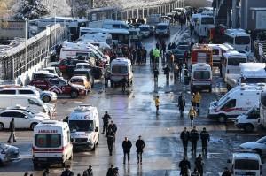 Sedikitnya ada 206 penumpang di dalam kereta ini saat kecelakaan terjadi.