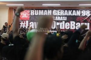 Aktivis Rumah Gerakan 98 menyelenggarakan acara deklarasi #LawanOrdeBaru di Gedung Joang '45, Menteng, Jakarta, Minggu, 16 Desember 2018.