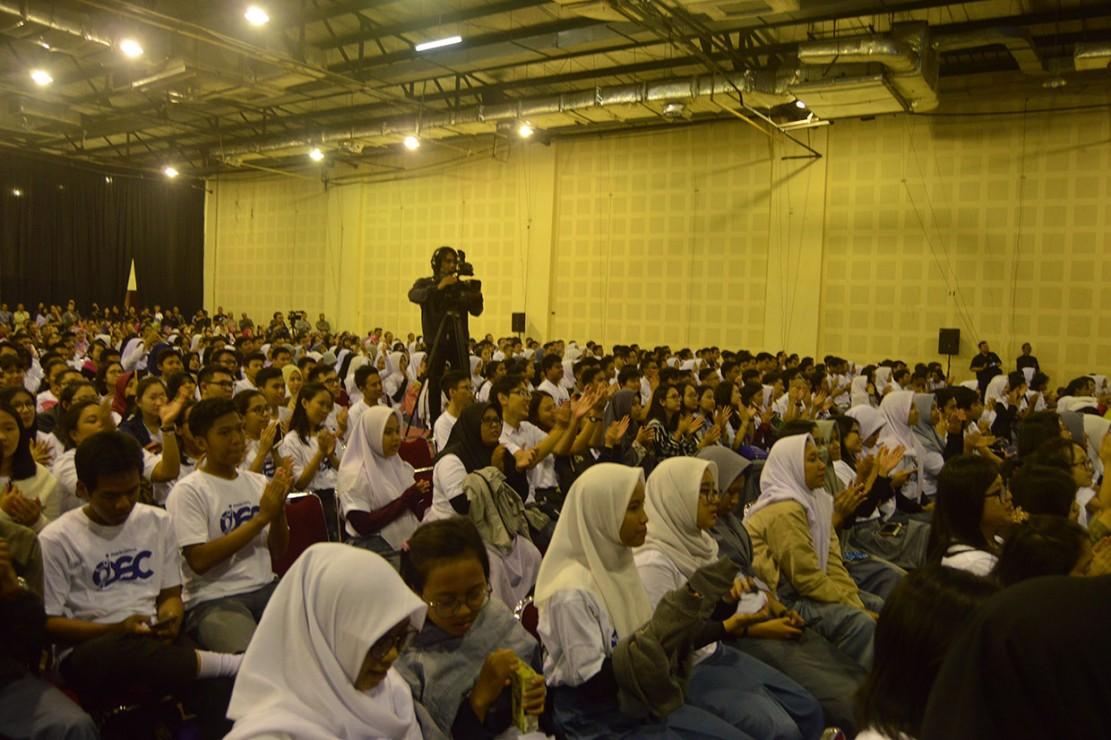 Kemudian, Universitas Kristen Maranatha, Telkom University, Universitas Kristen Duta Wacana, Universitas Kristen Satya Wacana, Universitas Gajayana, Universitas Islam Malang, Universitas Katolik Widya Mandala (UKWMS), Universitas 17 Agustus 1945 Surabaya, dan Universitas Fajar.
