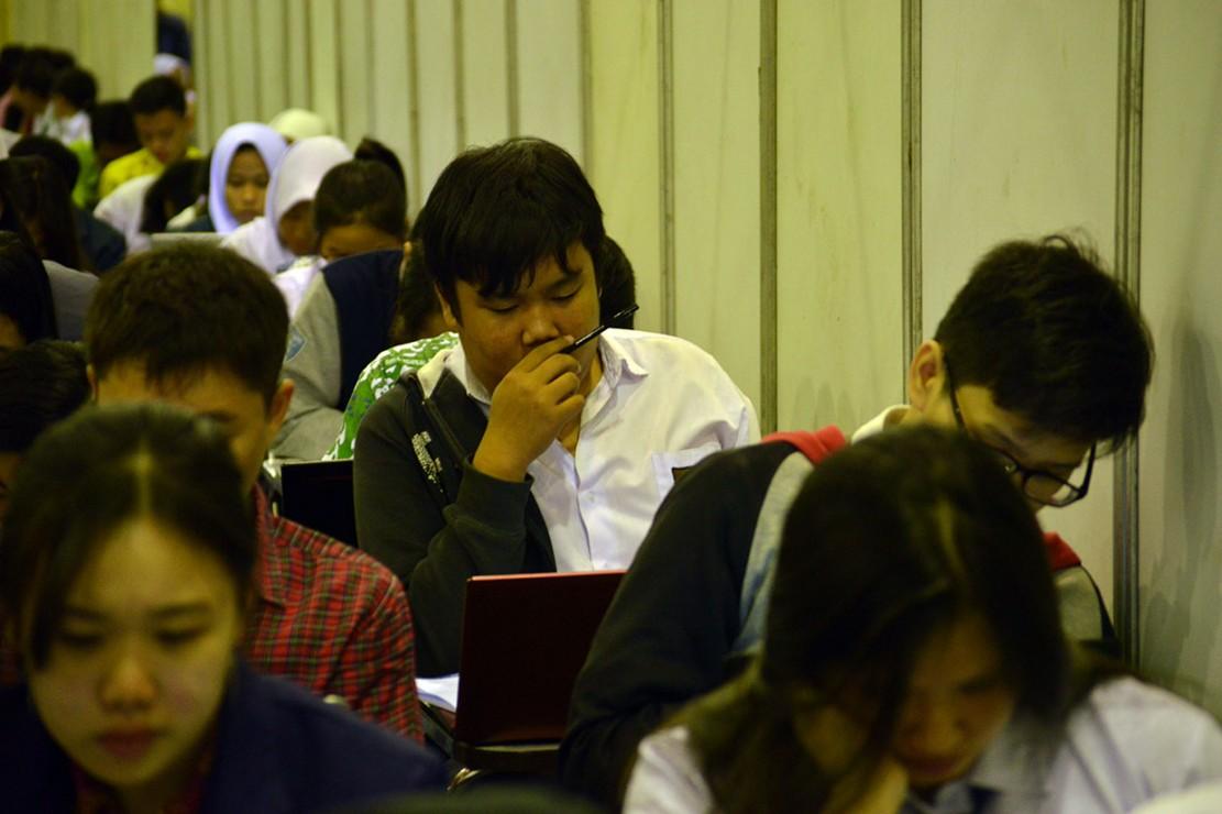 360 penerima beasiswa ini merupakan peserta terbaik dari yang terbaik karena sejak OSC dibuka sejak Agustus 2018 lalu, ada sekitar 54 ribu peserta yang mendaftar. Kemudian para pendaftar mengikuti serangkaian seleksi, mulai dari seleksi administrasi, tes online, dan tes offline sebagai puncaknya.
