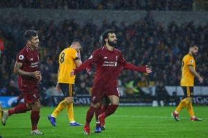 Mohammed Salah membuka keunggulan Liverpool pada menit ke-18, menyambut umpan tarik Fabinho, menyusul situasi tendangan bebas yang tak mampu disapu sempurna oleh barisan pertahanan Wolverhampton.