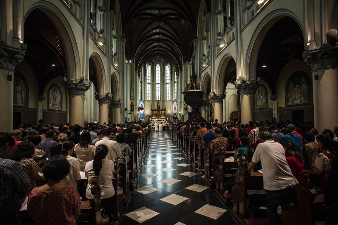 Natal tahun 2018 di Gereja Katedral Jakarta diselenggarakan dengan mengusung tema Yesus Kristus Hikmat Bagi Kita. Antara Foto/Aprillio Akbar