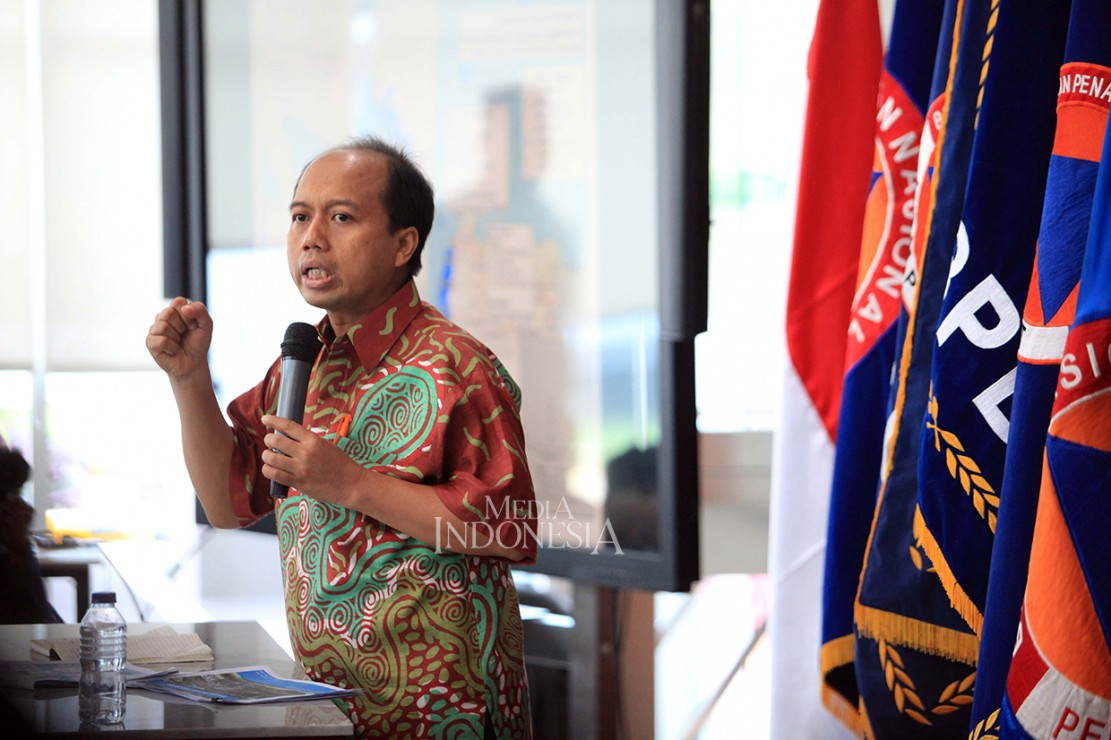 Kepala Pusat Data, Informasi, dan Hubungan Masyarakat BNPB Sutopo Purwo Nugroho menyampaikan hingga Selasa (25/12) pukul 13.00 jumlah korban meninggal dunia akibat tsunami Selat Sunda menjadi 429 orang.