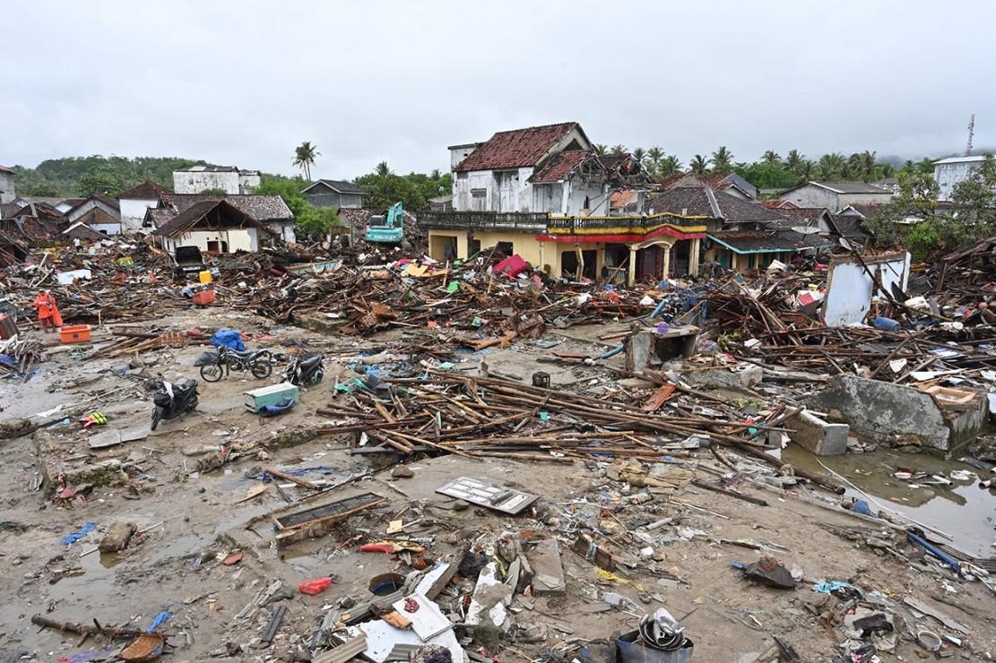 Daerah yang paling parah terdampak tsunami Selat Sunda ialah Kabupaten Pandeglang.