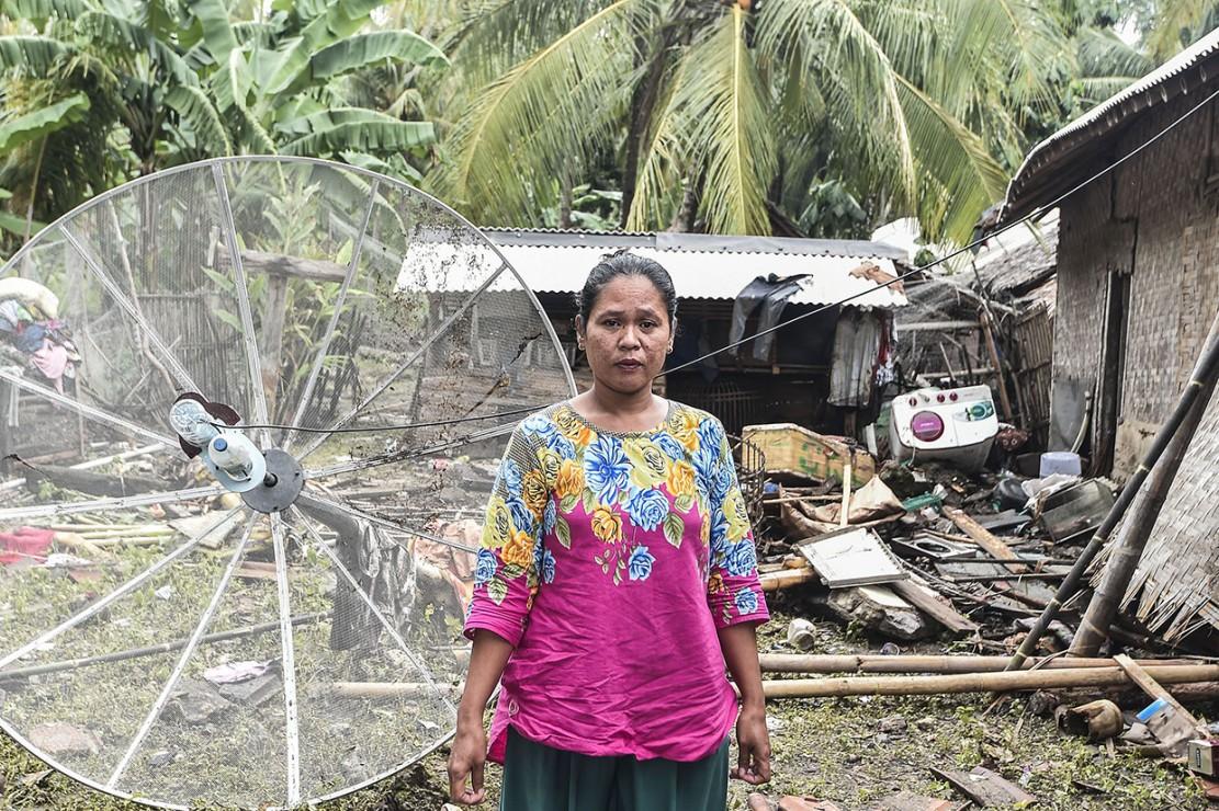 Banyak cerita tentang pengalaman tragis para penyintas tsunami yang menghantam kawasan pesisir Banten dan Lampung Selatan beberapa waktu lalu.