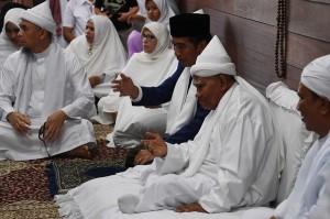 Tuan Guru Babussalam Syekh Haji Hasyim Al Sarwani menyampaikan khusus kepada Presiden Jokowi ucapan selamat datang di perkampung religius Besilam Babussalam Kabupaten Langkat.