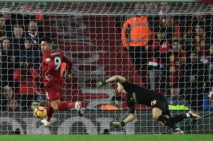 Tiga menit berselang Roberto Firmino menyamakan kedudukan dengan memanfaatkan bola liar di muka gawang. Firmino mencontek bola tanpa melihat gawang demi memastikan gol penyama kedudukan.