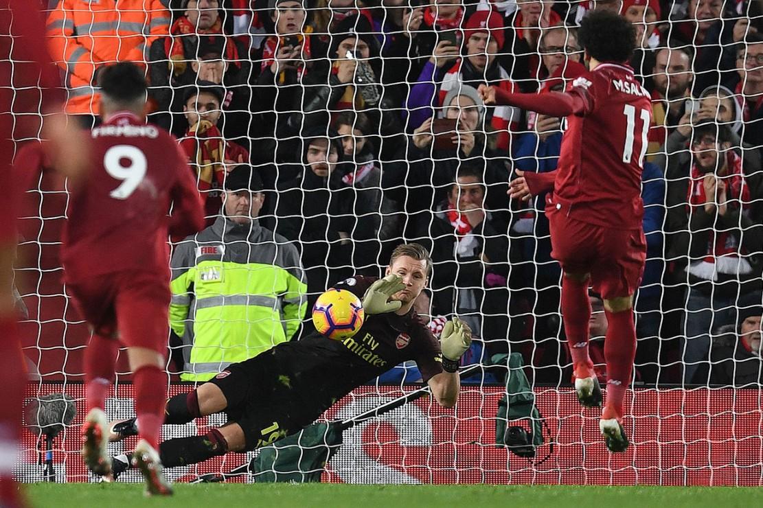 Salah sukses menjadi algojo untuk membawa Liverpool unggul 4-1.