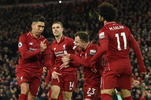Liverpool mendapatkan hadiah tendangan penalti kedua setelah Sead Kolasinac melanggar Dejan Lovren pada menit ke-64. Salah memberikan kesempatan kepada Firmino untuk menjadi algojo, dan legiun Brasil itu dengan dingin mengecoh Leno demi melengkapi raihan trigolnya dalam pertandingan tersebut sekaligus memperbesar keunggulan Liverpool menjadi 5-1.