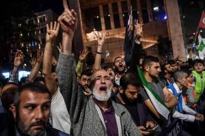 Sedikitnya 55 warga Palestina tewas akibat bentrok dengan tentara Israel dalam protes pembukaan Kedutaan Besar Amerika Serikat di Jerusalem, Senin, 14 Mei 2018. AS secara resmi memindahkan kedubes mereka dari Tel Aviv ke Jerusalem. Afp Photo/Ozan Kose