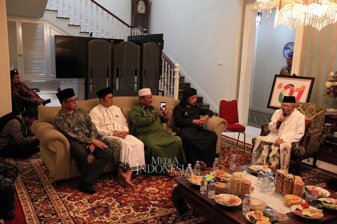 Kedatangan sejumlah dai seperti Kyai Cholil Nafis, Haikal Zainudin MZ dan Ustadz Jujun Junaidi tersebut untuk bersilaturahmi.