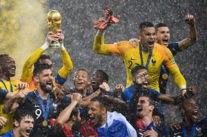 Timnas Prancis berhasil menjadi juara Piala Dunia 2018 di Rusia, Minggu, 15 Juli. Di final Prancis menundukkan Kroasia 4-2. AFP/Jewel Samad