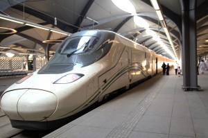 Kereta cepat Arab Saudi resmi beroperasi Kamis, 11 Oktober 2018. Kereta yang dinamakan Haramain ini akan melayani jalur Mekah dan Madinah. Kereta akan berhenti di beberapa titik termasuk Jeddah dan Kota Ekonomi King Abdullah (KAEC). Afp Photo/Bandar Aldandani