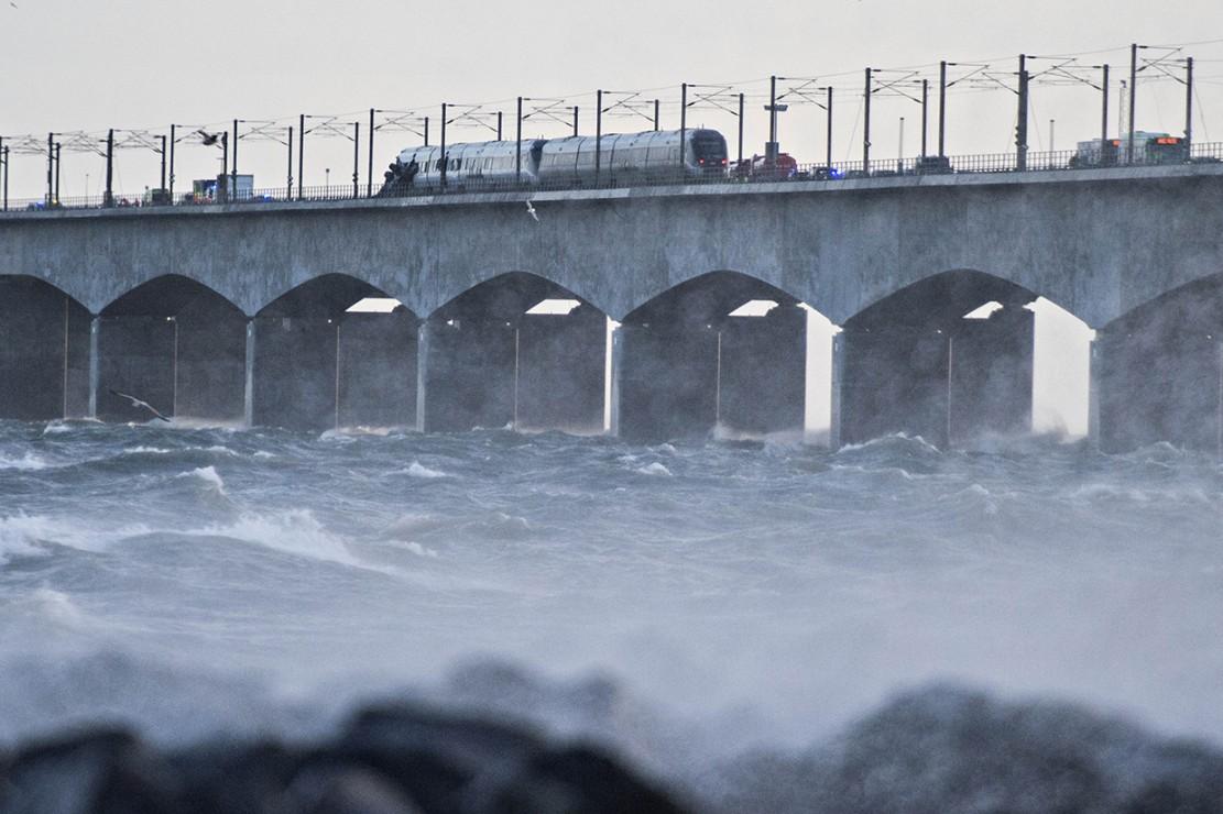 Tabrakan terjadi di Jembatan Storebaelt atau Great Belt yang menghubungkan Pulau Zealand dan Funen. Afp Photo/Michael Bager