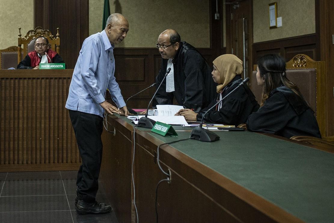Majelis Hakim Pengadilan Tipikor memvonis PT Nusa Konstruksi Enjiniring (NKE) denda Rp700 juta karena terbukti bersalah melakukan korupsi yang merugikan negara Rp25 miliar dari proyek pembangunan rumah sakit khusus infeksi Universitas Udayana tahun anggaran 2009 dan 2010.