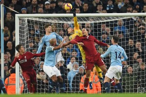 Sementara peluang Liverpool lewat Virgil van Dijk masih dapat digagalkan kiper Ederson. Skor 2-1 bertahan hingga wasit Anthony Taylor meniup peluit tanda laga berakhir.