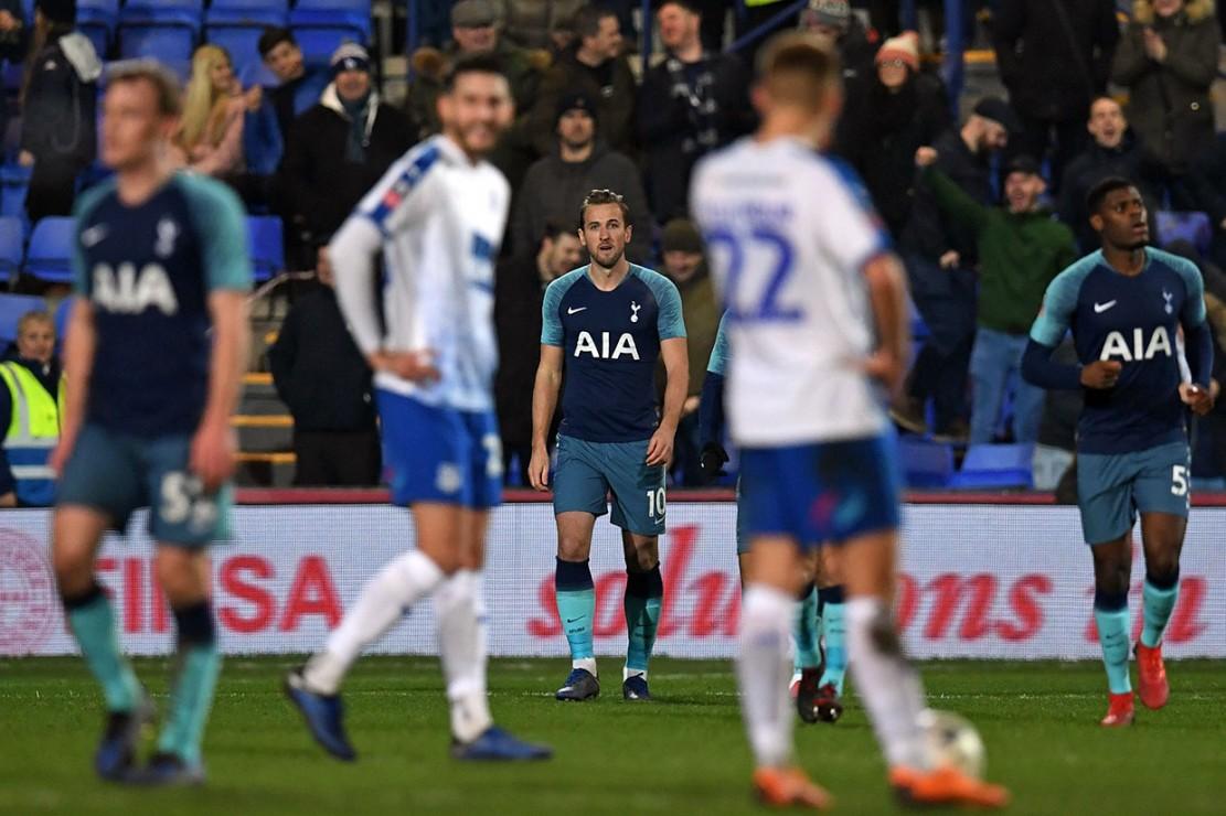Hary Kane yang masuk menggantikan Llorente pada menit ke-75 hanya membutuhkan waktu tujuh menit berada di atas lapangan untuk menyumbangkan gol penutup Tottenham di laga itu. Skor 7-0 bertahan hingga wasit Andre Marriner meniupkan peluit tanda laga usai.