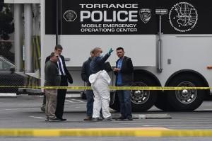 Departemen Kepolisian Torrance mengatakan polisi yang merespons laporan terjadinya penembakan menemukan beberapa korban di lokasi tersebut.