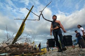 Gempa bumi, tsunami, dan likuifaksi yang melanda Kota Palu pada 28 September 2018 mengakibatkan 2.101 orang tewas, 1.373 orang hilang, dan 206.219 orang harus mengungsi. Sementara likuifaksi menenggelamkan sekitar 1.700 rumah di kawasan perumahan padat penduduk.