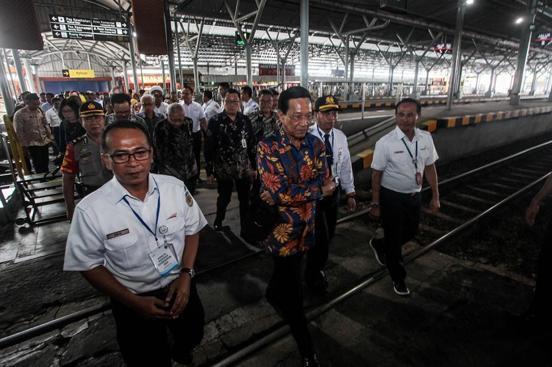 Gubernur DIY, Sri Sultan HB X meninjau secara langsung proyek pembangunan bandara baru yakni New Yogyakarta International Airport (NYIA).