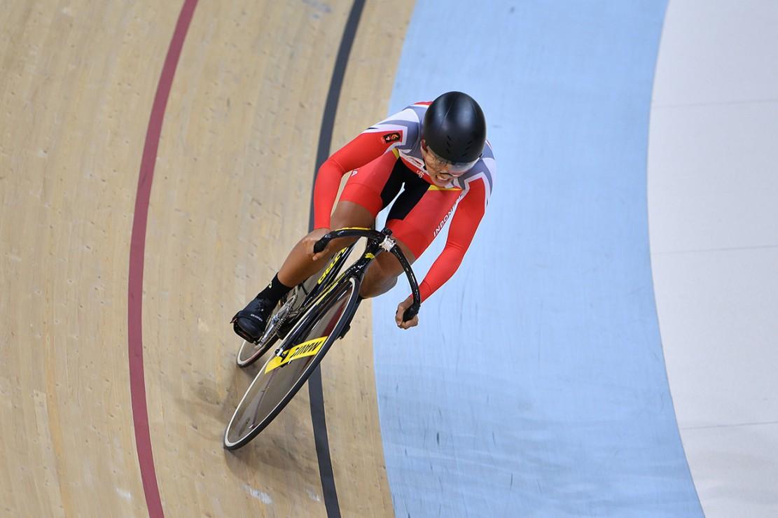 Crismonita dan Wiji gagal meraih medali setelah mencatatkan waktu 35,648 detik. Medali emas nomor tim sprint elit putri dimenangi oleh tim Tiongkok, Junhong Lin-Tianshi Zhong usai mencatatkan waktu 32,970 detik.