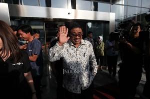 Salah satu yang disinggung penyidik, kata Soni, adalah rapat yang dilakukannya bersama perwakilan PT Lippo Cikarang, pejabat Badan Pertanahan Nasional, perwakilan Pemerintah Provinsi Jawa Barat dan Neneng beserta stafnya.