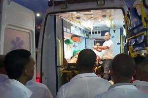 Tujuh orang, termasuk empat turis asing tewas, sementara 33 lainnya cedera dalam kecelakaan bus di jalan raya yang menghubungkan Kota Guantanamo dan Kota Baracoa.
