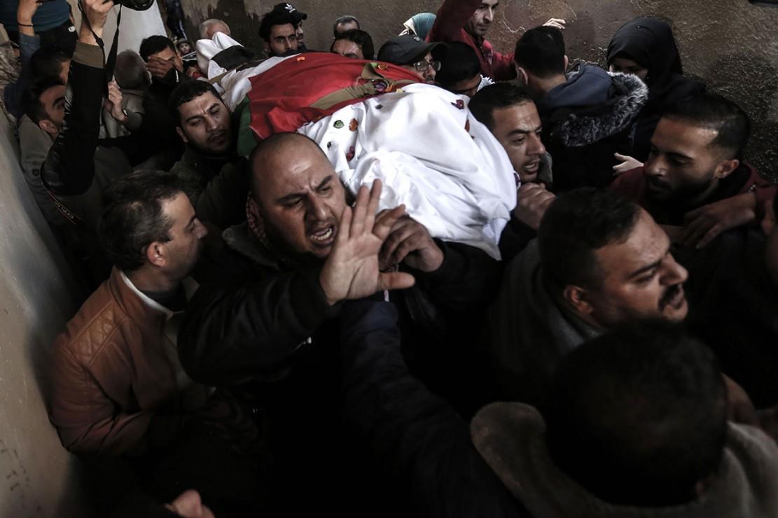 Amal Mustafa Taramsi meninggal akibat diterjang peluru di kepalanya oleh pasukan Israel yang menyerang orang Palesatina yang ikut dalam Pawai Akbar Kepulangan di Jalur Gaza, Jumat, 11 Januari 2019. Sementara itu 14 orang lainnya cedera dan dirawat di rumah sakit.